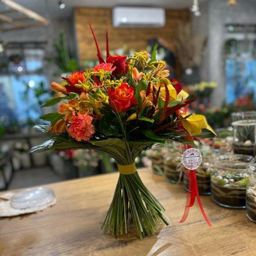 bukiet mieszanych kwiatów3