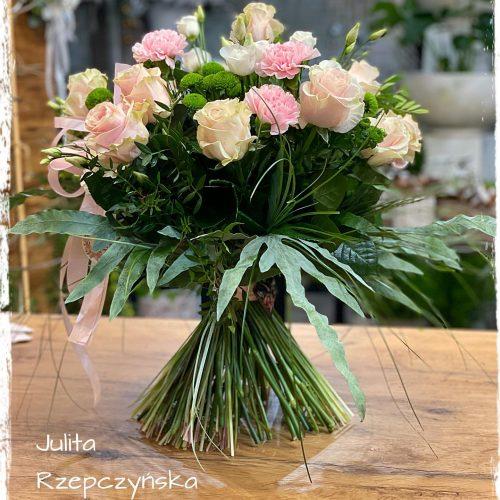 bukiet mieszanych kwiatów6