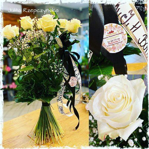 klasyczny bukiet białych długich róż na pogrzeb