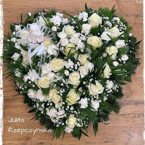 kompozycja funeralna serce12
