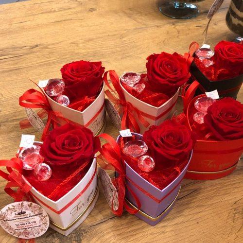mini box- wieczna róża